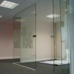 stiklines slankiojancios durys 150x150 Berėmės slankios sistemos